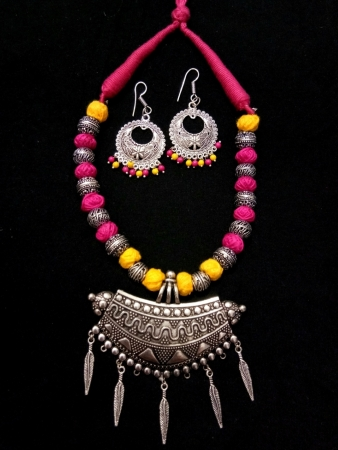 Pink and Yellow Necklace Set